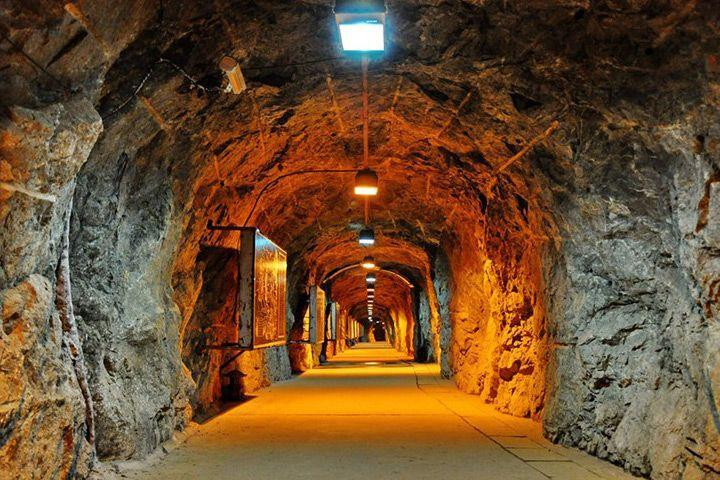 1-underground-gold-mine-field-service-HOT